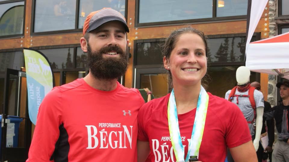 Elisabeth Cauchon avec son frère Jean-François - Photo Facebook