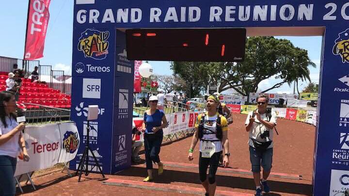 Cédric Chavanne à l'arrivée du Grand Raid de La Réunion 2018 - Photo courtoisie