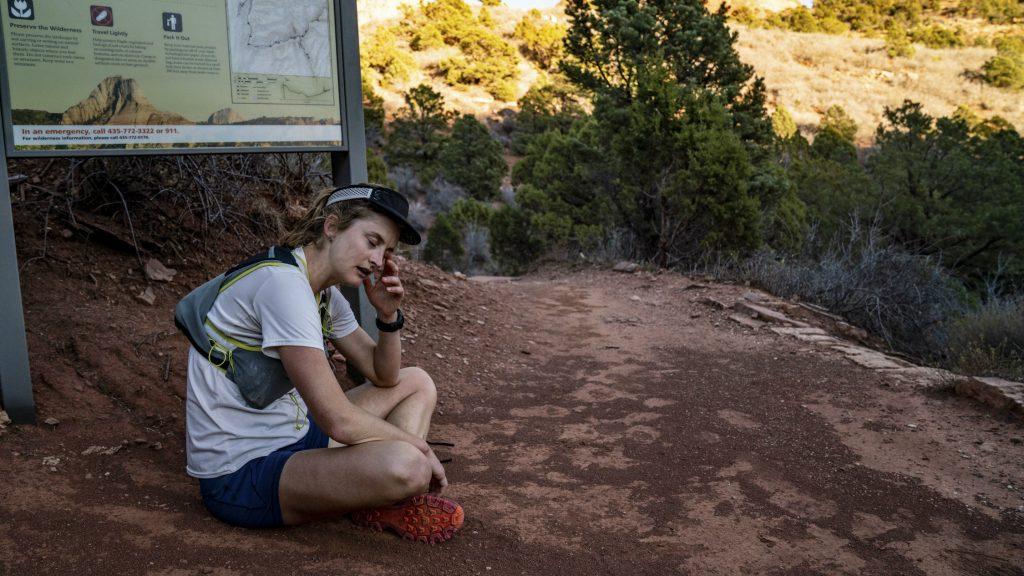 Clare lors de la traversée du parc Zion à l'automne 2018 - Photo : Davis_Brendan