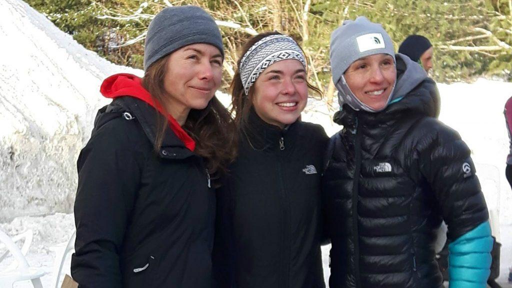 Annie-Claude Vaillancourt, Anne Champagne et Anne Bouchard (de gauche à droite) victorieuses du 6 heures jour de la Pandora -24 - Photo : Julie Parent
