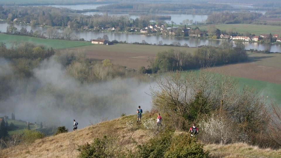 Sur le parcours du TDA, avec vue sur la Seine et le lac de Poses - Photo : Émilie Dalibert
