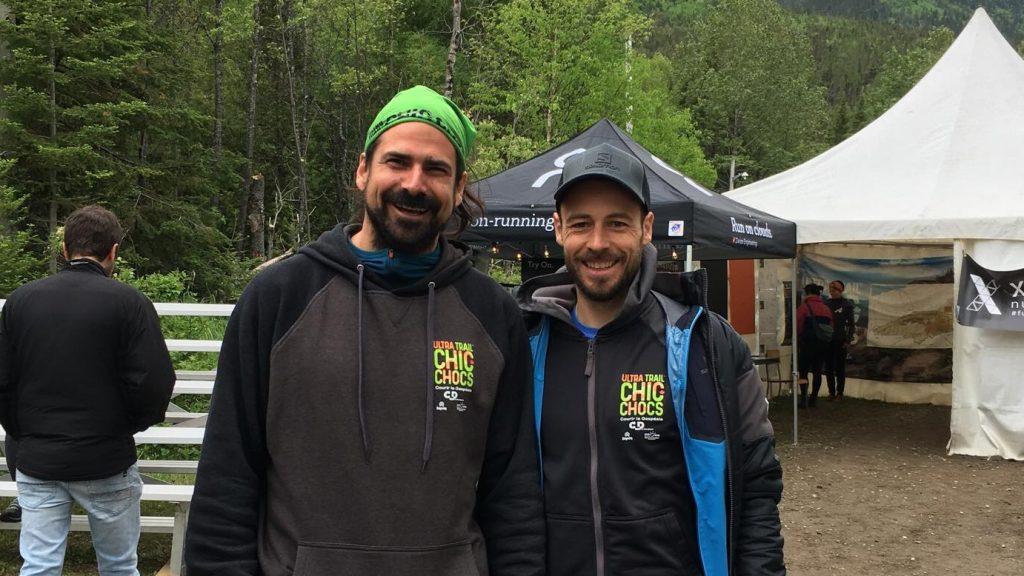 Félix Dubeau, co-fondateur de Choc Événements (gauche), et le directeur de course Éric Lévesque (droite)