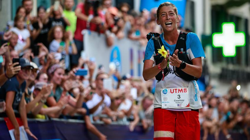 Courtney Dauwalter remporte l'UTMB 2019 - Photo : Christophe Pallot / UTMB
