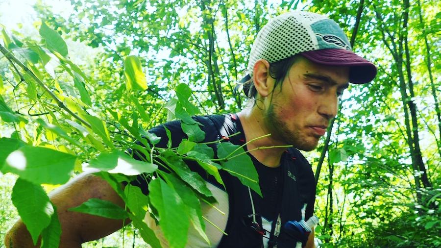 Elliot Cardin peu de temps avant son abandon au Québec Méga Trail - Photo : Vincent Champagne