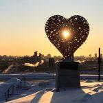 coeur soleil sculpture