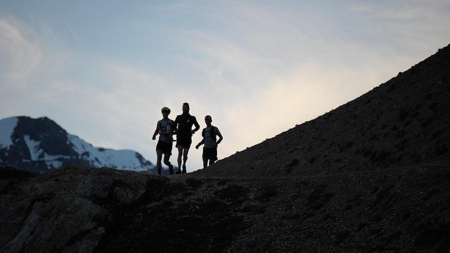 Gregoire Curmer, Martin Kern et Baptiste Robin ont explosé le record du GR5 entre Chamonix et Briançon